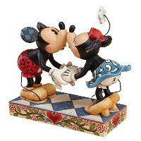 Disney Traditions by Jim Shore 4013989 Mickey and Minnie Mouse Kissing Figurine 6-1/2-Inch [並行輸入品]