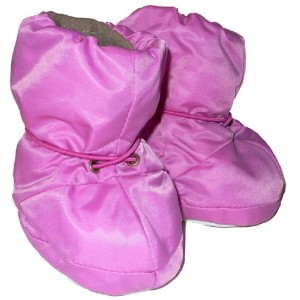 7AM Enfant 500 Soft -Soled Booties, Water Repellent Insulated and Quilted - Pink, Small by 7AM Enfant