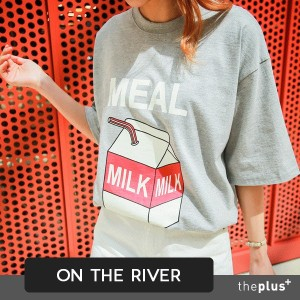 ★ ontheriver ★ milk T-shirt / Korean fashion / 2 colors / short sleeve / loose fit / printing shirt
