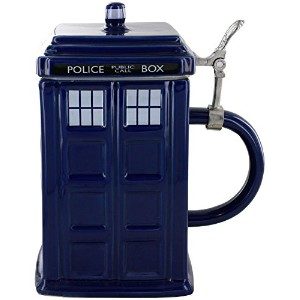 Doctor Who Tardis Stein – Collectible 50oz Ceramic Mug withメタルヒンジ