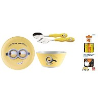Despicable Me Minion bundle- 3 Items :プレート、Cereal Bowls and Kids Flatware Set
