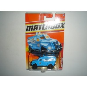 【送料無料】【2011 Matchbox SWAT Truck Light Blue #59 of 100】 b005xb612c