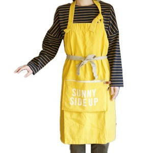 AND PACKABLE APRON SUNNY SIDE UP YELLOW(アンドパッカブルエプロン サニーサイドアップイエロー) ポケット収納可能
