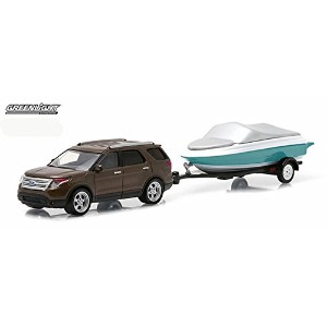 """GREENLIGHT 1:64SCALE HITCH&TOW """"2013 FORD EXPLORER & BOAT WITH TRAILER"""" グリーンライト 1:64スケール ヒッチ&トウ ..."""