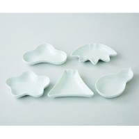 波佐見焼 晴 型変り豆皿揃 小皿 Japanese Porcelain Hasami ware gift. Set of 5 hare katagawari small plates with...