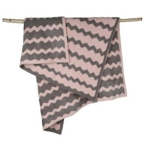 Barefoot Dreams Big Kids Throw, 35 x 45 Chevron - Dusty Rose and Warm Gray by Barefoot Dreams ...