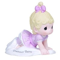 Precious Moments、ベビーギフト、Growing in Grace、貴重な赤ちゃん、Bisque Porcelain Figurine、ブロンドガール、# 133023by...