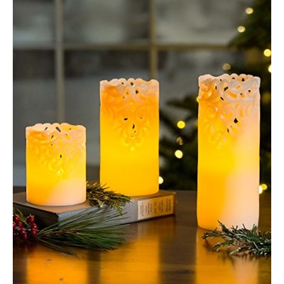 Flameless LED Candles with lace detail、3のセット – 6.85 L x 4.9 W x 8.4 H 65D42CR