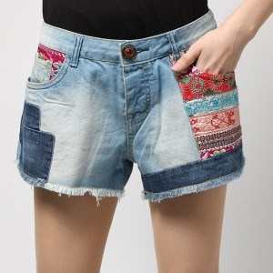 【SALE 50%OFF】デシグアル Desigual DENIM_ETHNIC SUPER SHORT (DENIM LIGHT WASH)