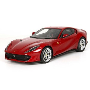 BBR 1/18 2017年モデル フェラーリ 812 Superfast 2017 Ferrari 812 Superfast 1:18 by BBR