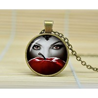 Sunshine Day Once Upon a Time Evil Queen Reginaネックレスガラスカボションネックレスa3476