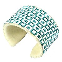 La Vivia Sea Green White Native American Inspired Beadwork Cuffブレスレットレザーb-34-sb-2