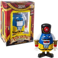 M & M 's Limited Edition Nutcracker Sweet Holiday Candyディスペンサーブルー、文字のイエローHoliday Suit