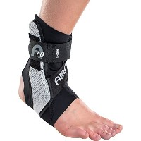 Aircast A60 Ankle Support Brace, Right Foot, Black, Medium [並行輸入品]