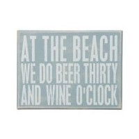 At theビーチWe Doビールand Wine O Clock Wooden Sign