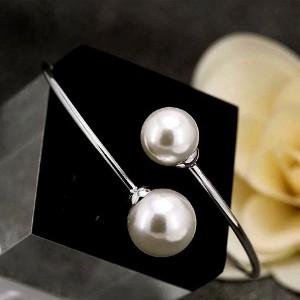 """Gieschen Jewelers """" BRIA """" 14Kローズ/ホワイト金メッキブレスレットwith Simulated Pearl"""