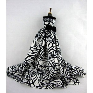 バービー 着せ替え用ドレス/服 B7 (Long and Flowing Gown in Black and White with Long Train Made to Fit Barbie...
