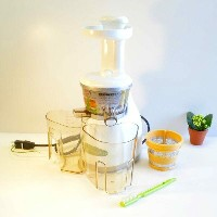オメガ スロージューサー パールホワイトOmega VRT330HD Heavy Duty Vert Juicer Pearl White