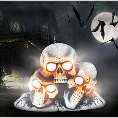 Halloween Light Up Fogging Skull Pile