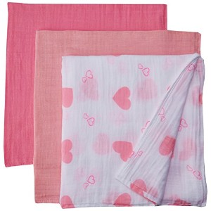 Lulujo Baby Love and Hearts Gift Set by lulujo Baby