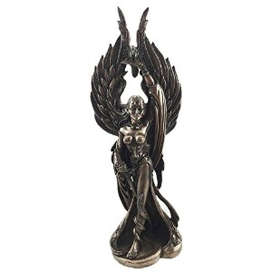 Irish Celtic War Goddess Morrigan Phantom Queen Figurine Valkyrie BattleポーズSculpture
