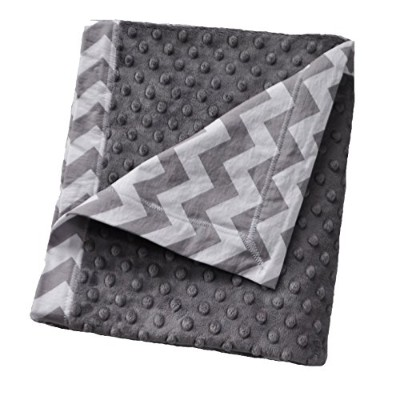 Cozy Wozy Chevron Print Cotton and Minky Baby Blanket with Mitered Corners, Gray/White, 32 x 37 by Cozy Wozy