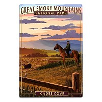 Cades Cove and Horse – Great Smoky Mountains国立公園、TN 12 x 18 Metal Sign LANT-51916-12x18M