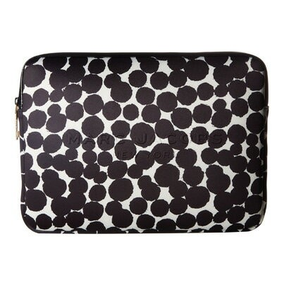 マークジェイコブス ノートパソコンケース M0013412 MARC JACOBS Neoprene Graphic Painted Dots 13 Computer Case (BLACK...