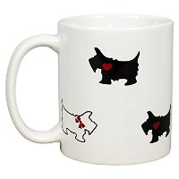 Scottie Dogs withレッドBows and Hearts 12オンス磁器コーヒーマグ