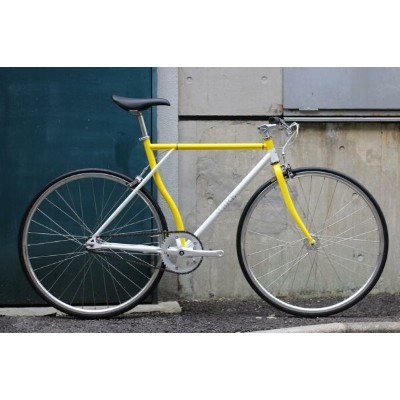 SALE!!ピストバイク 完成車 カーテル バイク CARTEL BIKE×Hombre Niñon HOMBREMENTARY WHITE&YELLOW SILVERPARTS【自転車...