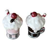古い時間Diner Milkshake Salt and Pepper Shakers