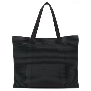 Homme Plissé Issey Miyake oversized pleated tote - ブラック