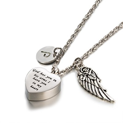Cremation UrnジュエリーGod Has You In His Arms Angel Wings 26 Intialチャーム記念アッシュ記念品ハートネックレス