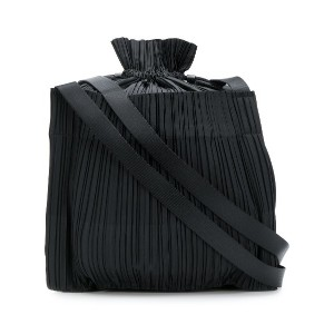 Pleats Please By Issey Miyake pleated bucket shoulder bag - ブラック