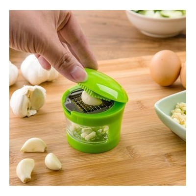 Garlic Pressスライサ – 多機能Garlic PressスライサChopper Grater Hand Presser Garlic Grinder withコンテナby Dom –...