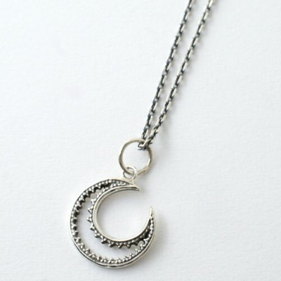 GARDEN OF EDEN SV OPEN MOON NECKLACE