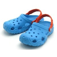 crocs swiftwater clog kids 202607-4GQクロックス スウィフトウォーター クロッグ キッズelectric blue/tangerine