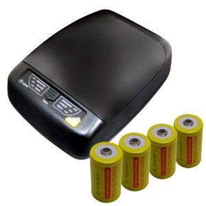 Hitech - スマート 4-Bank Charger For AA, AAA, C, D サイズ Batteries - インクルーズ 4 Ni-Cd D Batteries 「汎用品」...