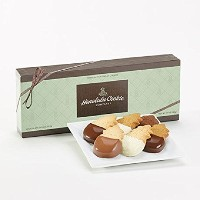 Signature Gift Box Chocolate Collection Medium (18pc)