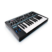 Novation シンセサイザー Bass Station II