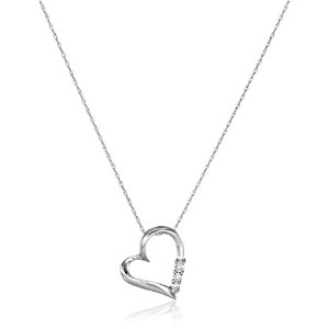 Curated 10k White Gold and Diamond Three-Stone Heart Pendant Necklace 2414730100W [並行輸入品]