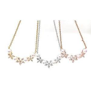 CZ 三 フラワー パール チェーン クリップ ネックレス (CZ Three Flower Pearl Chain Clip Necklace)