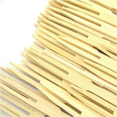 BambooMN Brand - 2,000 Pieces - 3.5 Bamboo Fruit Picks / Mini Cocktail Forks by BambooMN