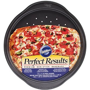 Wilton 2105-6804 Perfect Results Nonstick Pizza Crisper, 14.25 by .625-Inch [並行輸入品]