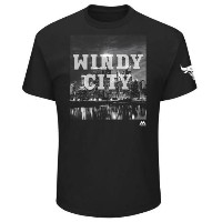 Chicago Bulls Majestic 2017 NBA Playoffs Participant Victory In Sight T-Shirt メンズ Black NBA Tシャツ...